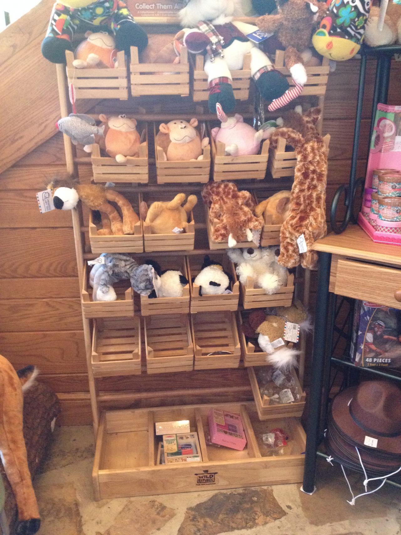 1000 Images About Wooden Displays On Pinterest Retail