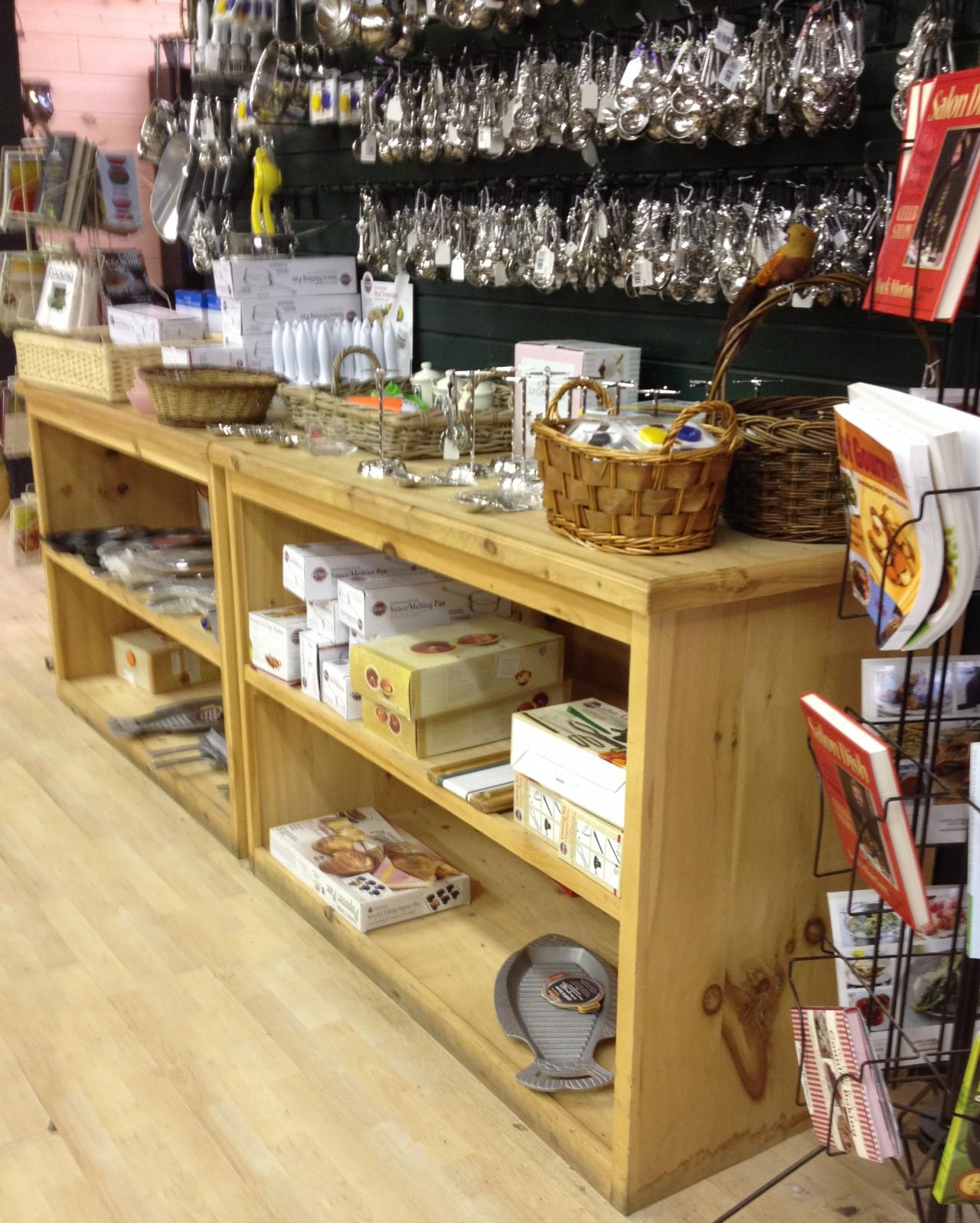 Retail Store Diplays: Rustic Wood Retail Store Product Display Fixtures